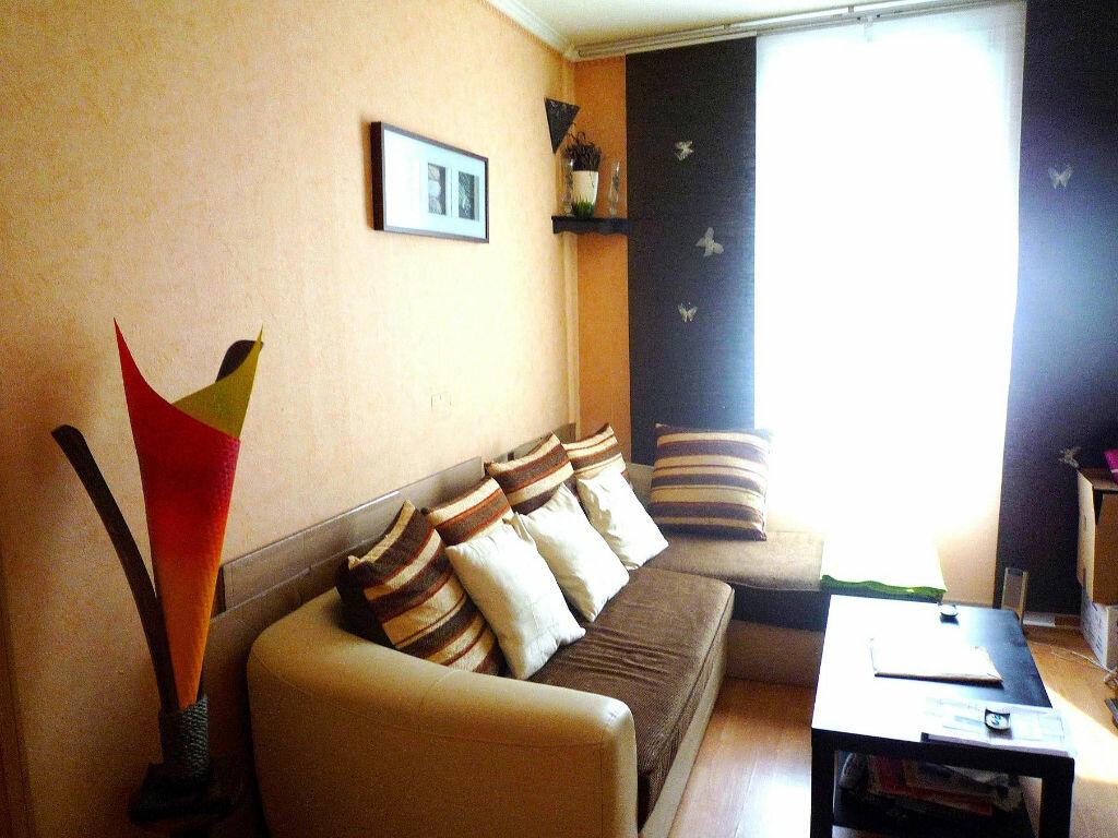 Appartement à louer 2 34.75m2 à Gagny vignette-3