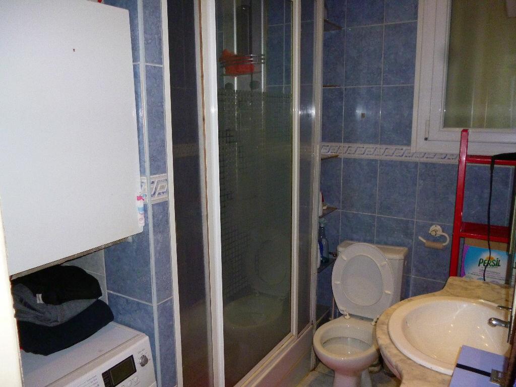 Appartement à louer 2 34.75m2 à Gagny vignette-6