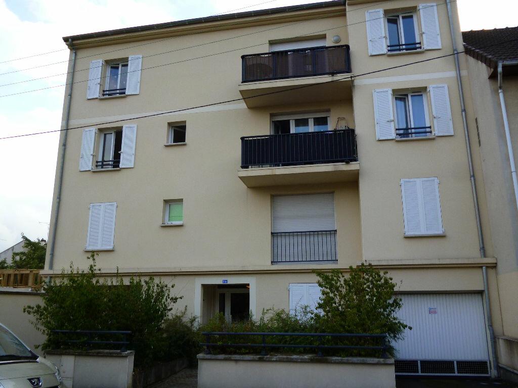 Appartement à louer 2 40.32m2 à Gagny vignette-1