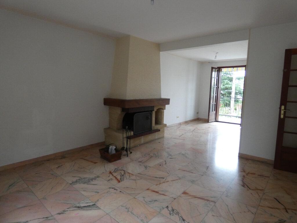 Appartement à vendre 3 71m2 à Gagny vignette-3
