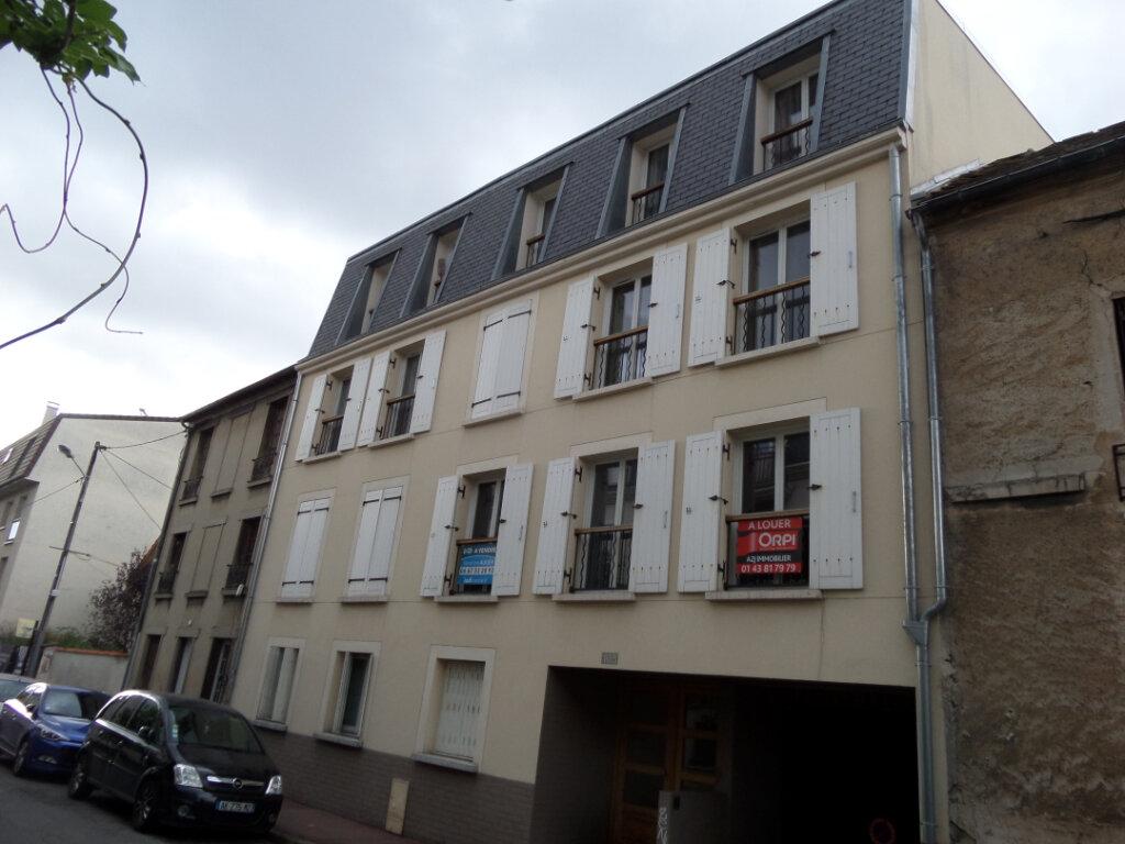 Appartement à louer 2 49.07m2 à Gagny vignette-1