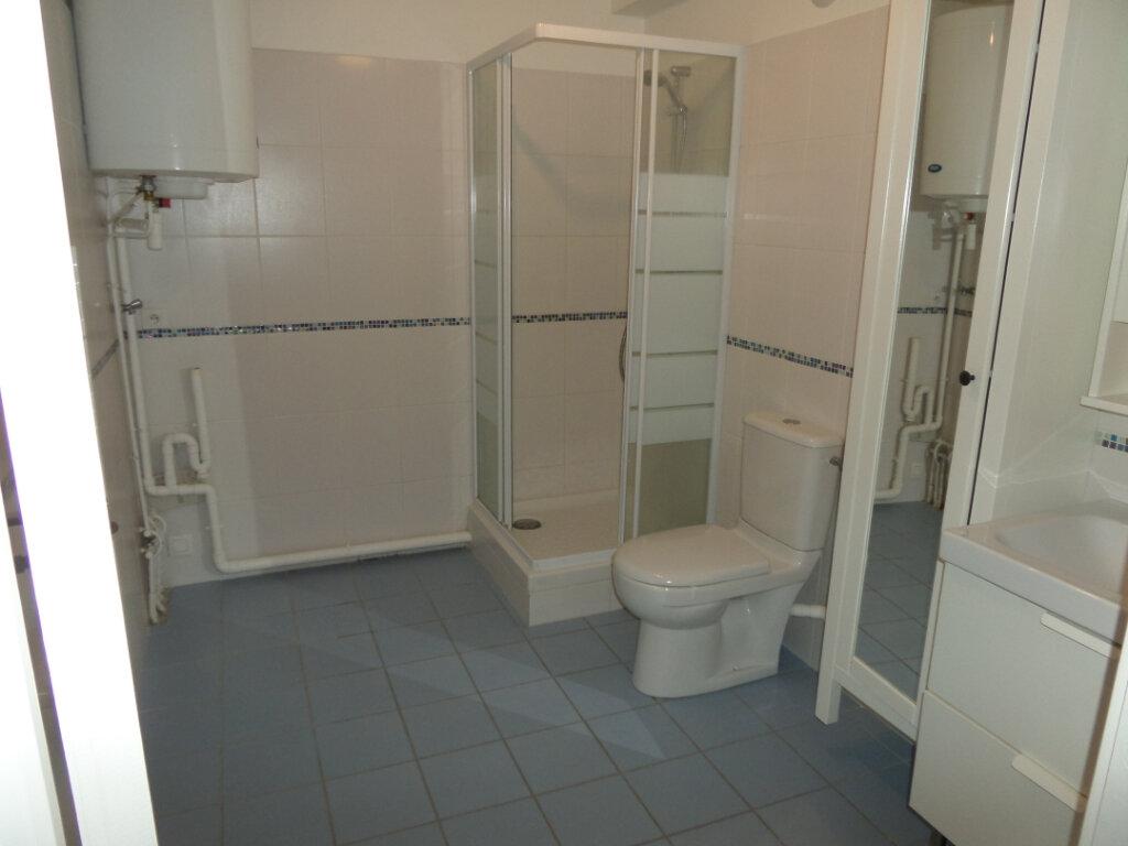 Appartement à louer 2 49.07m2 à Gagny vignette-7