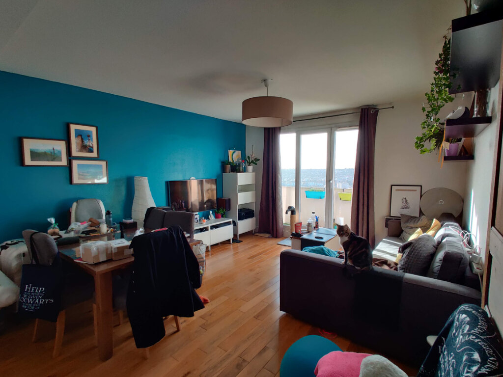 Appartement à louer 3 64.78m2 à Gagny vignette-3