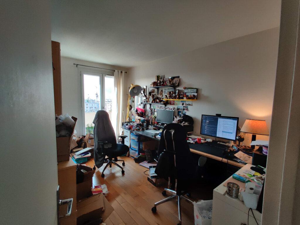 Appartement à louer 3 64.78m2 à Gagny vignette-5