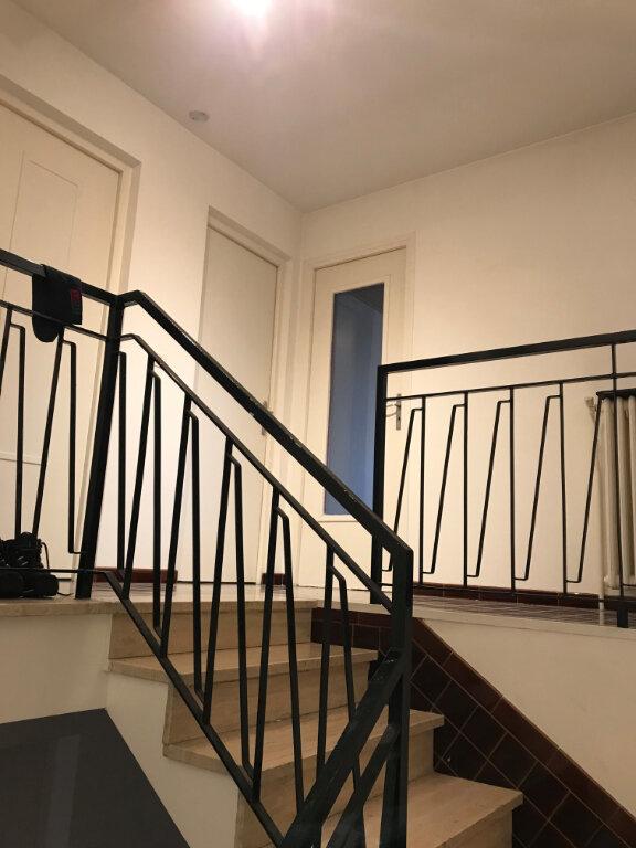 Appartement à louer 1 10m2 à Livry-Gargan vignette-4