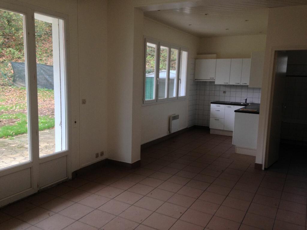 Appartement à louer 3 58.7m2 à Maisse vignette-1