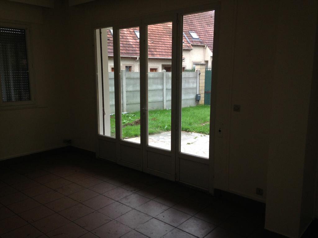 Appartement à louer 3 58.7m2 à Maisse vignette-3