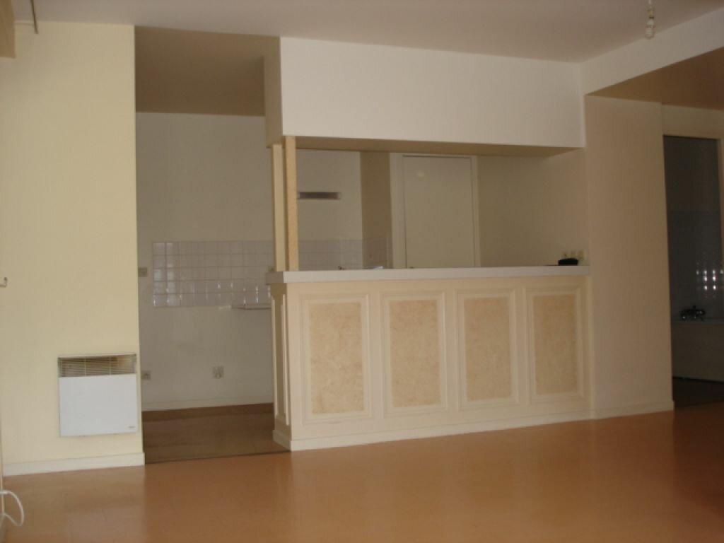 Appartement à louer 1 32.81m2 à Milly-la-Forêt vignette-1