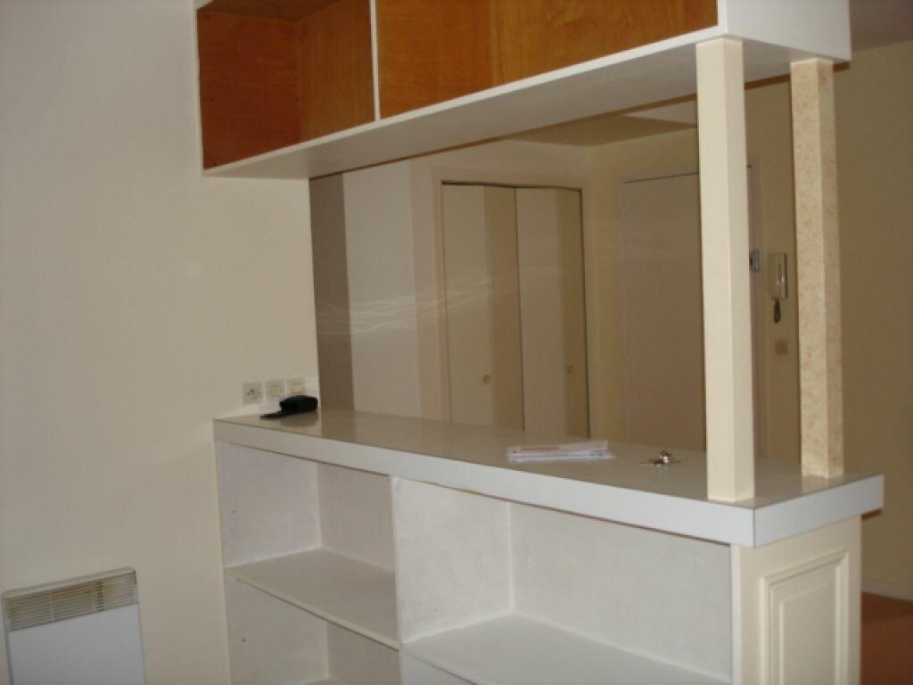 Appartement à louer 1 32.81m2 à Milly-la-Forêt vignette-2
