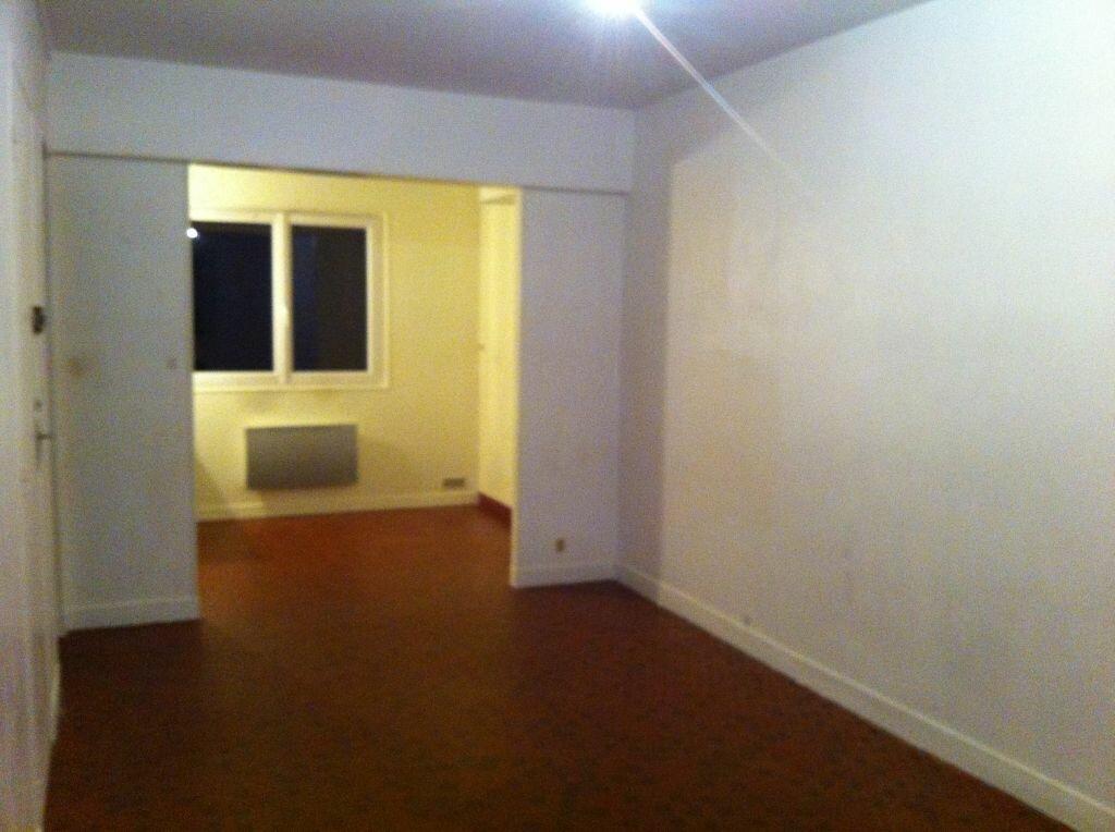 Appartement à louer 1 26.63m2 à Maisse vignette-1