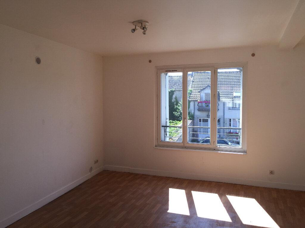 Appartement à louer 2 37.17m2 à Milly-la-Forêt vignette-1