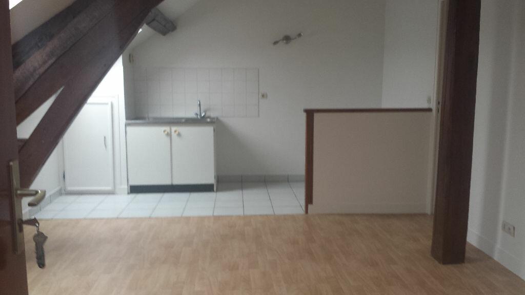 Appartement à louer 2 30.22m2 à Milly-la-Forêt vignette-1