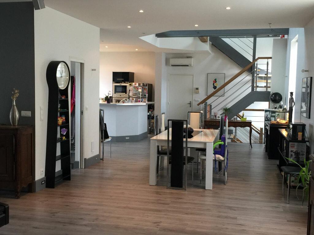 Appartement à louer 8 186m2 à Milly-la-Forêt vignette-1