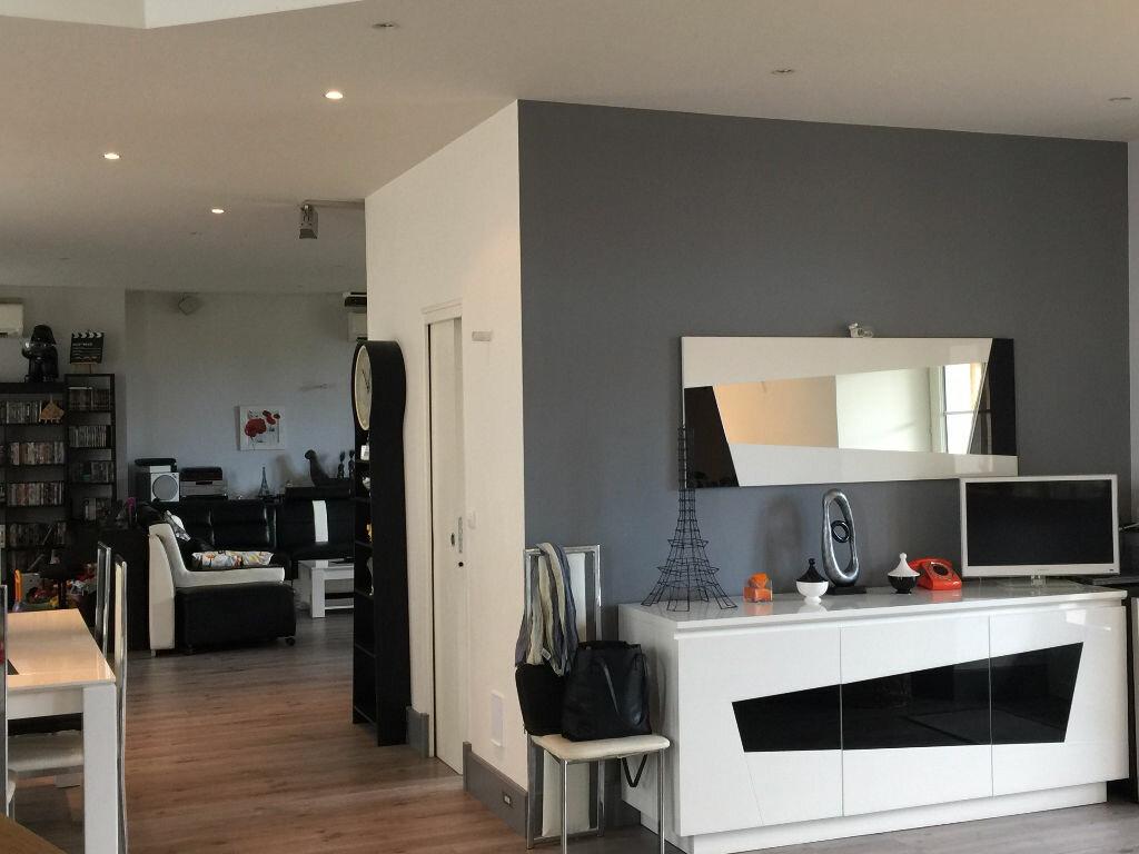 Appartement à louer 8 186m2 à Milly-la-Forêt vignette-4