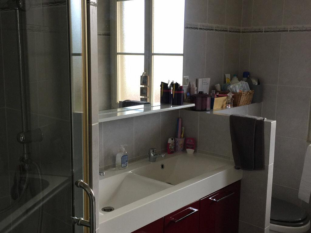 Appartement à louer 8 186m2 à Milly-la-Forêt vignette-6
