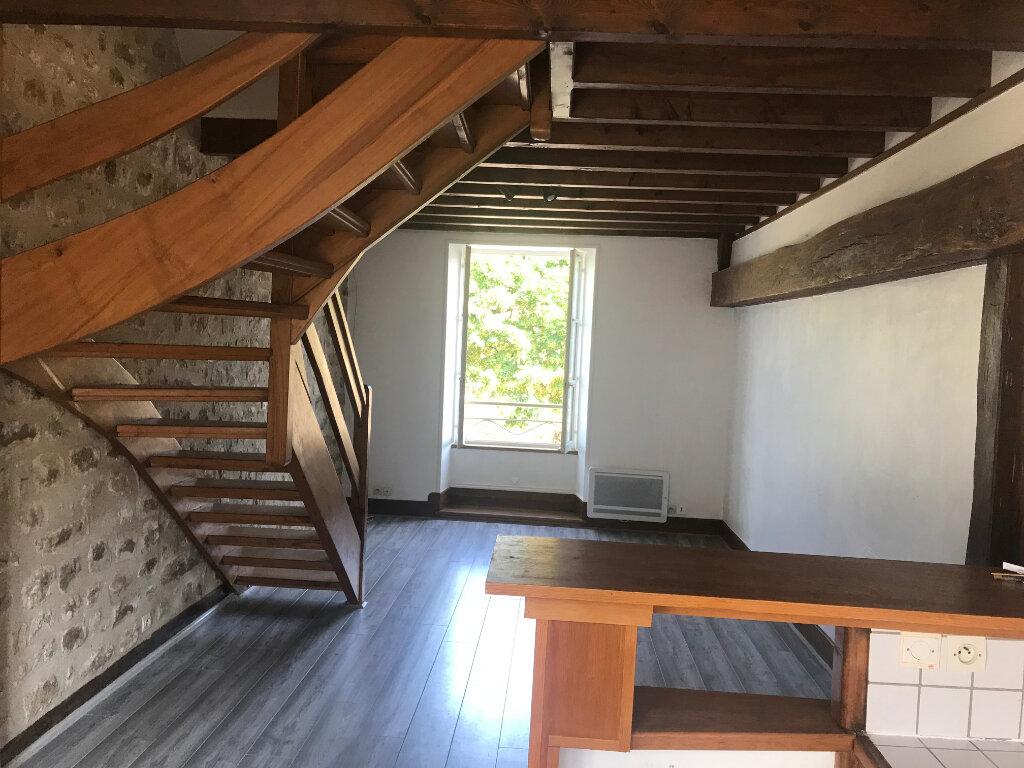 Appartement à louer 3 49.7m2 à Milly-la-Forêt vignette-2