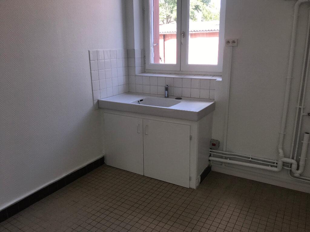 Appartement à louer 1 25.12m2 à Milly-la-Forêt vignette-3
