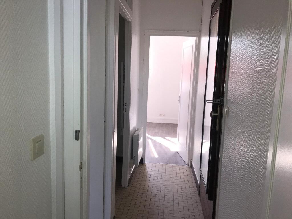 Appartement à louer 1 25.12m2 à Milly-la-Forêt vignette-4