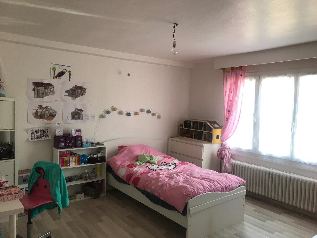 Maison à louer 3 68.62m2 à Oncy-sur-École vignette-6