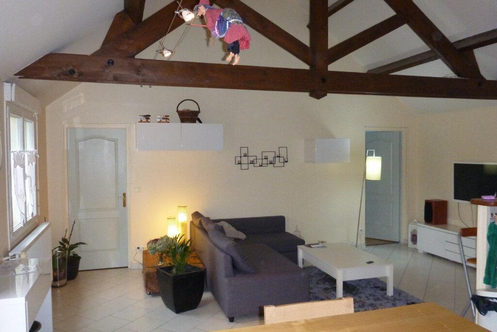Appartement à louer 4 80.47m2 à Perthes vignette-2