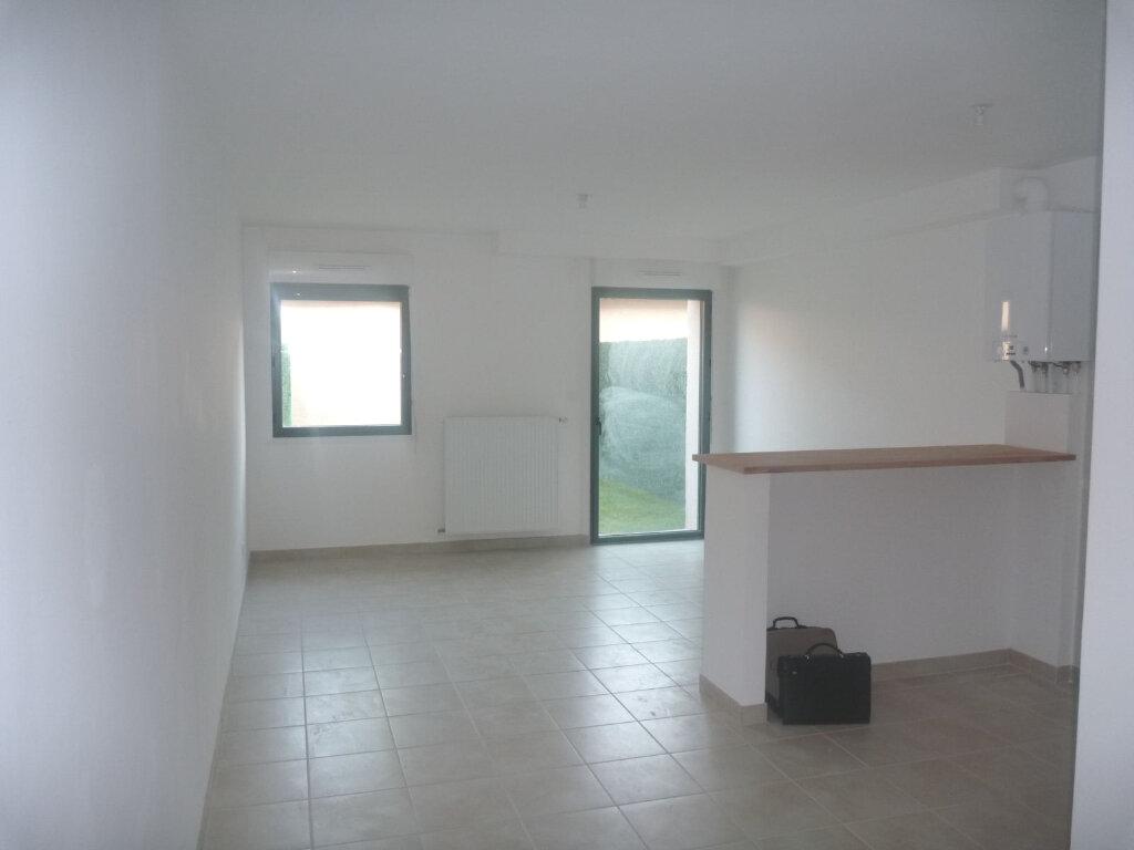 Appartement à louer 1 33m2 à Melun vignette-1