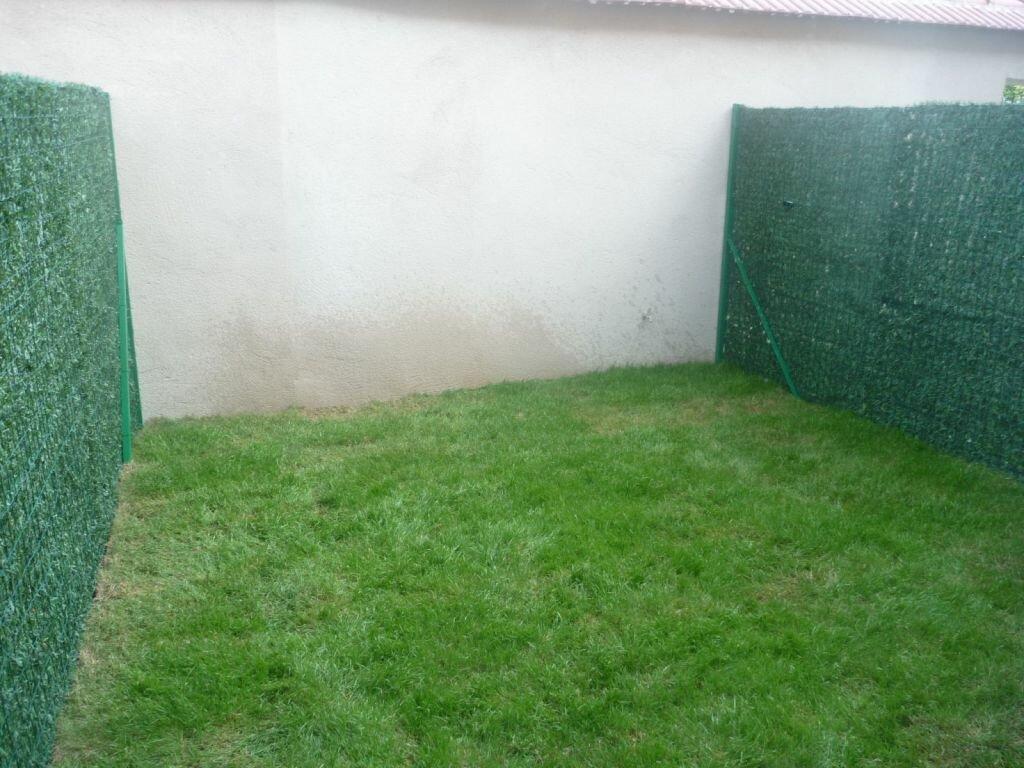 Appartement à louer 1 33m2 à Melun vignette-2