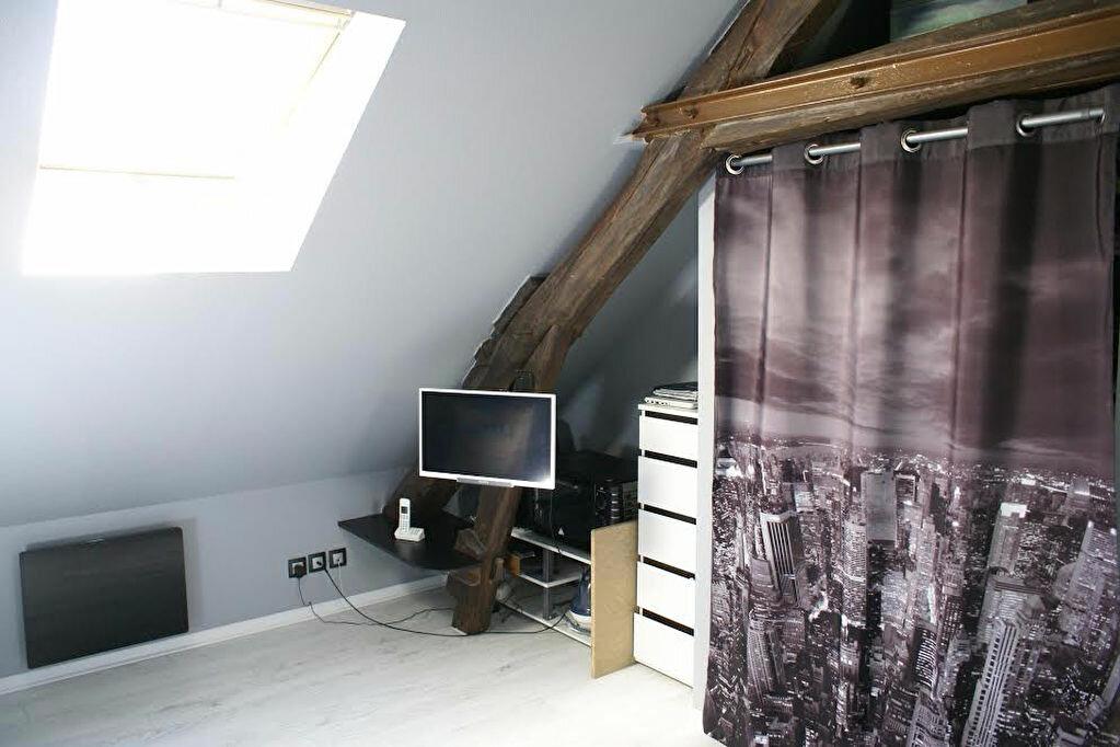 Appartement à louer 1 14.05m2 à Cély vignette-2
