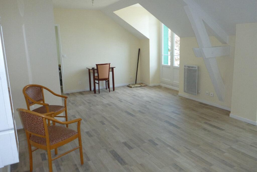 Appartement à louer 2 47.5m2 à Chailly-en-Bière vignette-3
