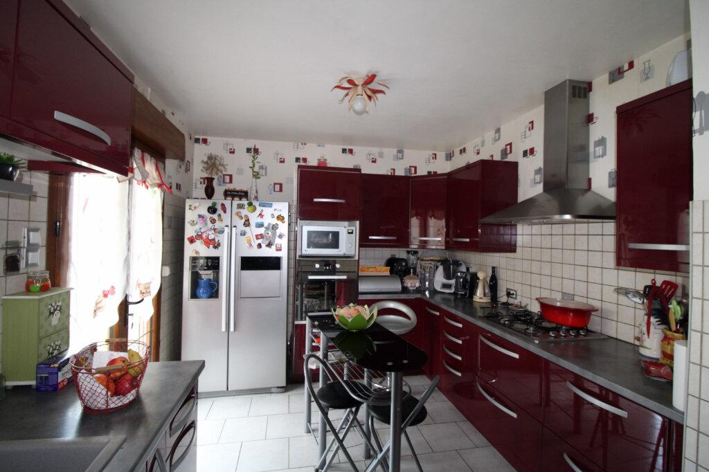 Maison à vendre 4 100m2 à Saint-Fargeau-Ponthierry vignette-3