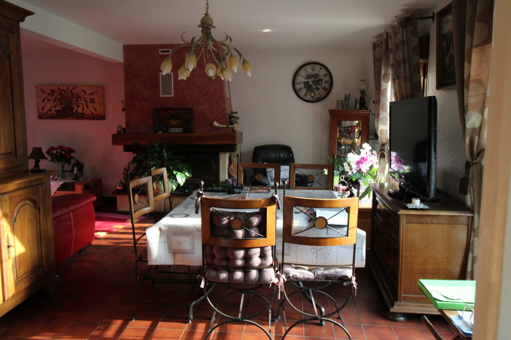 Maison à vendre 4 100m2 à Saint-Fargeau-Ponthierry vignette-4