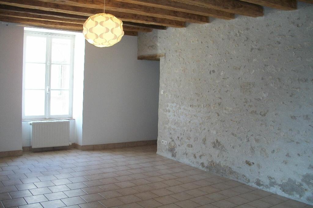 Maison à louer 5 107m2 à Mer vignette-3