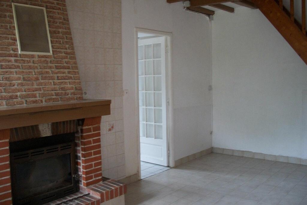 Maison à vendre 3 64m2 à La Chapelle-Saint-Martin-en-Plaine vignette-2
