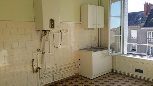 Appartement à louer 3 51m2 à Blois vignette-4