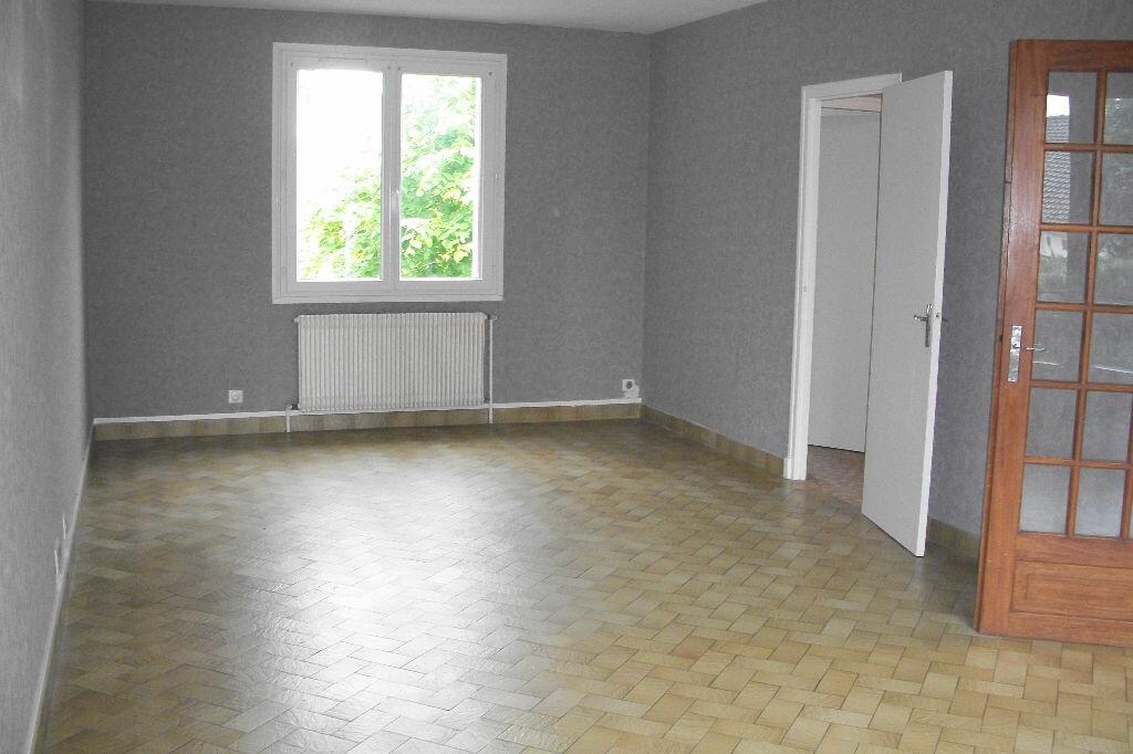 Maison à louer 4 105.18m2 à Mer vignette-5