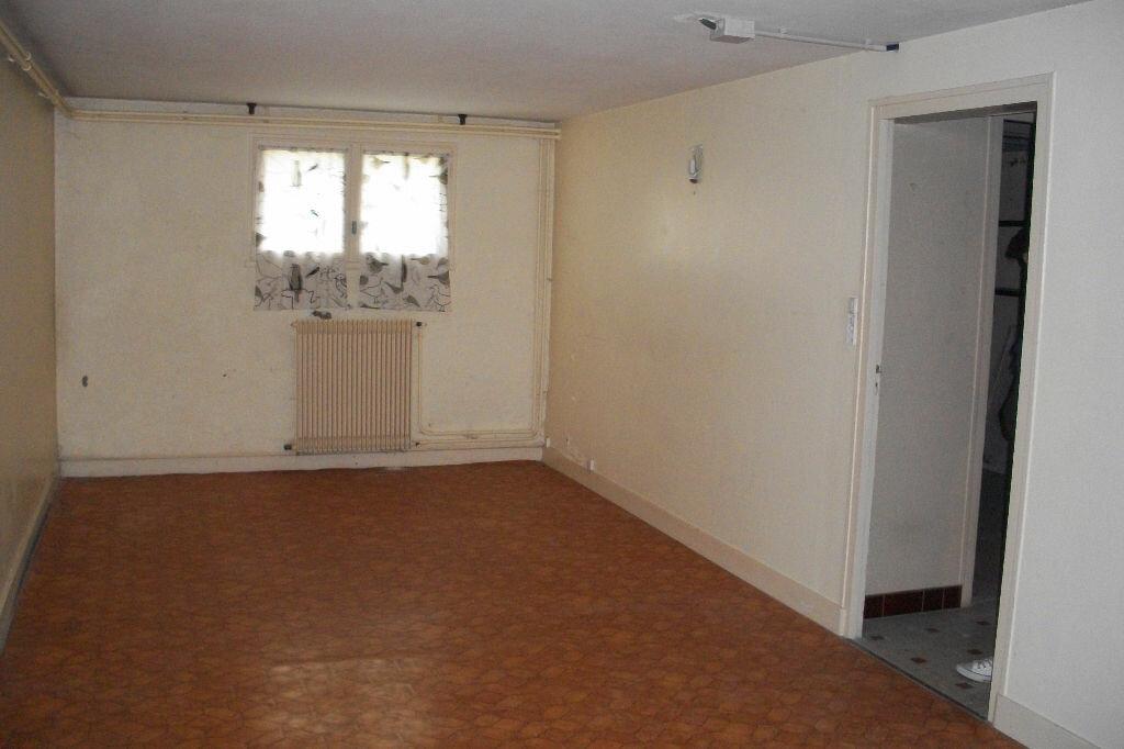 Maison à louer 4 105.18m2 à Mer vignette-9