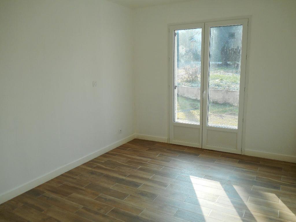 Maison à vendre 8 105m2 à Cellettes vignette-3