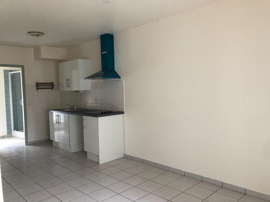 Appartement à louer 1 24.58m2 à Beaugency vignette-2