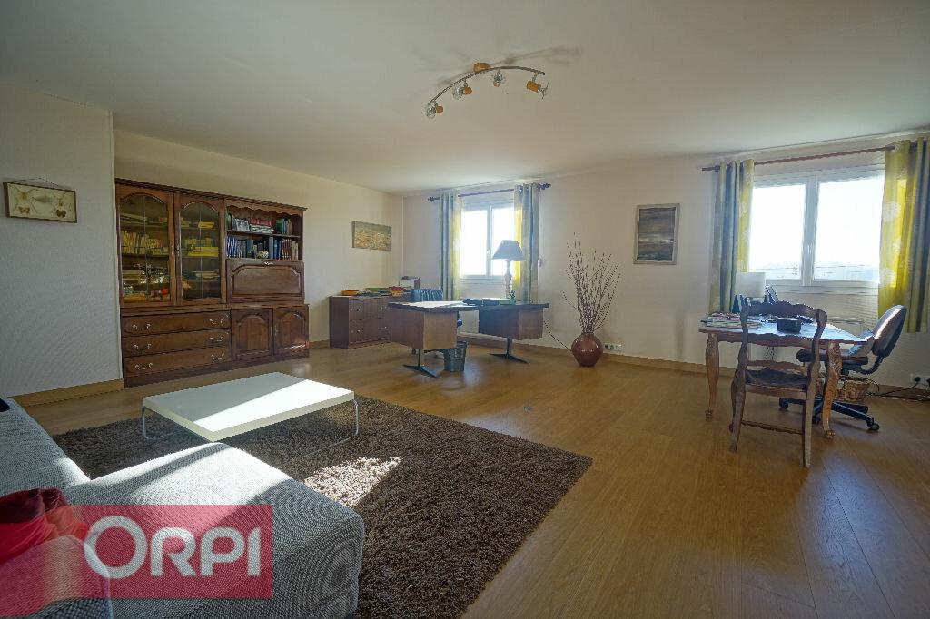 Maison à vendre 7 330m2 à Bernay vignette-13