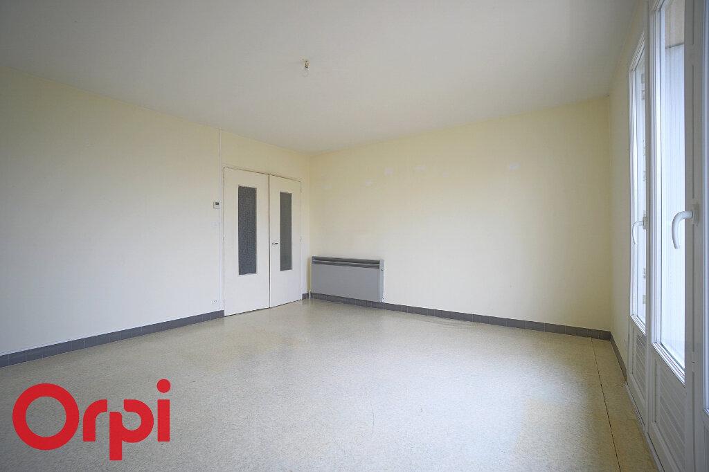 Appartement à vendre 2 45m2 à Bernay vignette-2