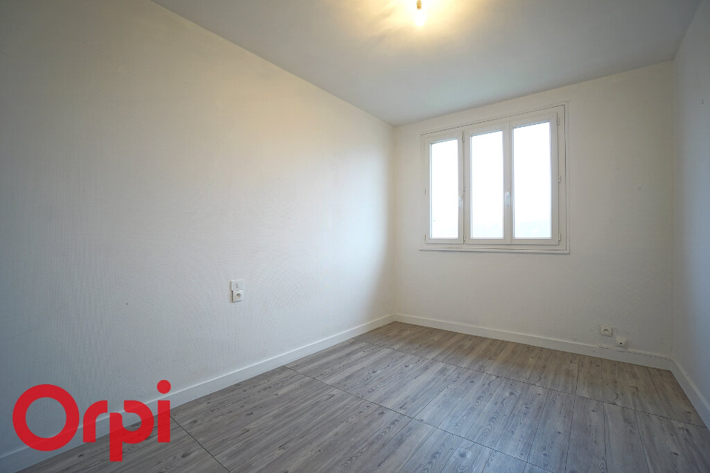 Appartement à vendre 2 45m2 à Bernay vignette-9