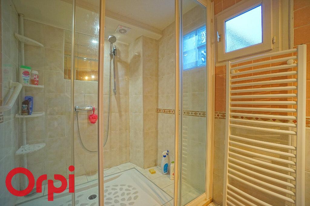 Maison à vendre 8 155m2 à Saint-Martin-du-Tilleul vignette-5