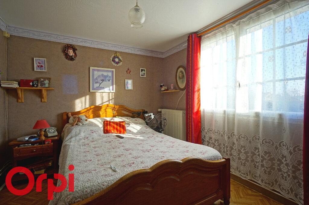 Maison à vendre 6 125m2 à Bernay vignette-8