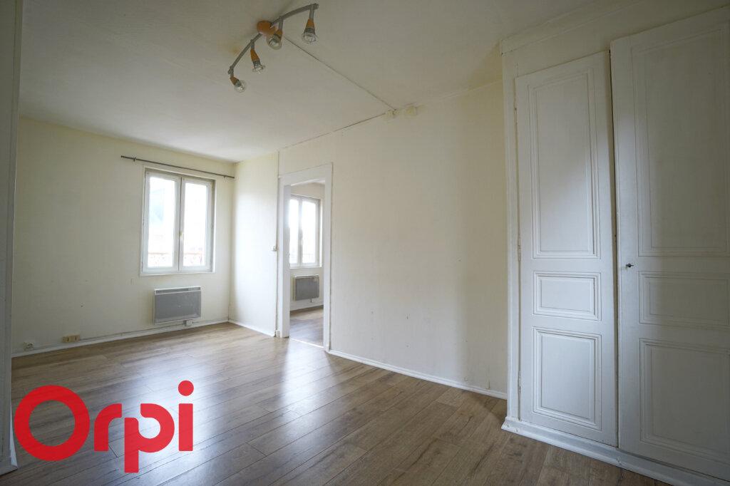 Appartement à louer 3 51.59m2 à Bernay vignette-3
