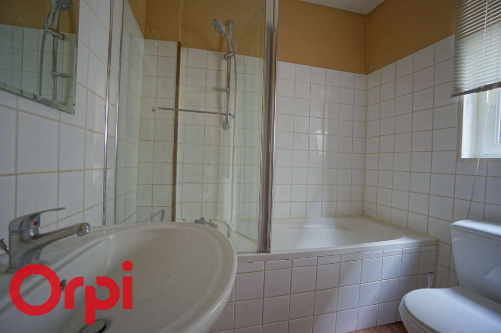 Appartement à louer 3 51.59m2 à Bernay vignette-7
