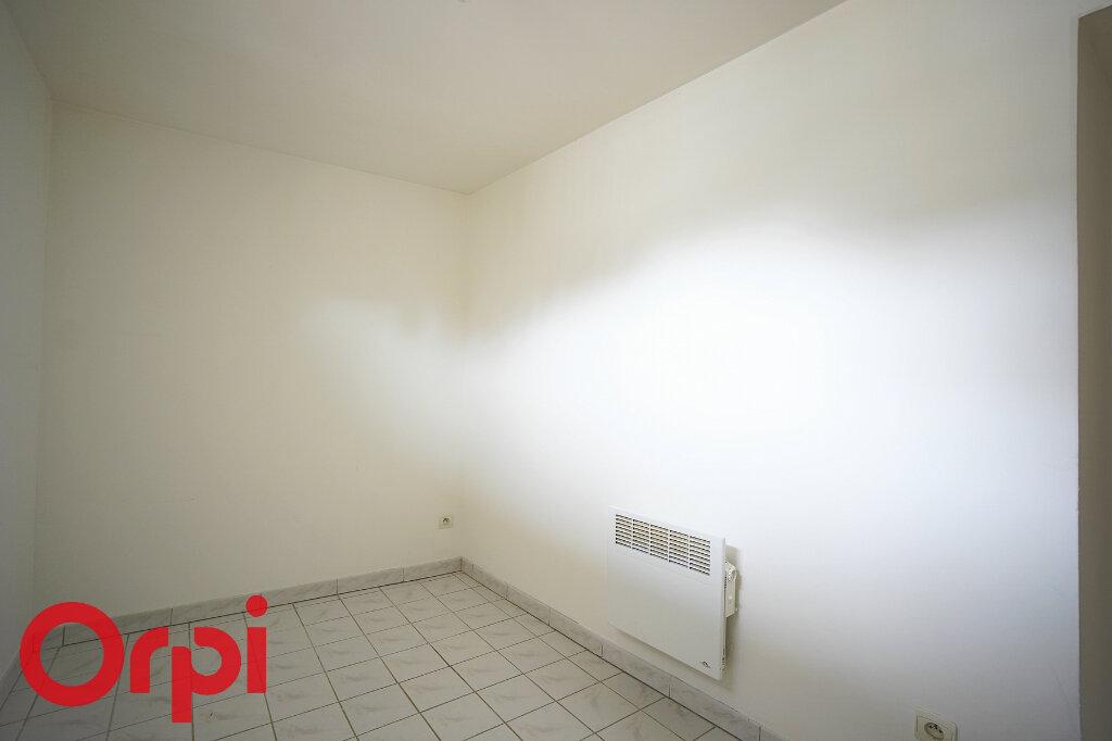 Appartement à louer 3 52m2 à Bernay vignette-10
