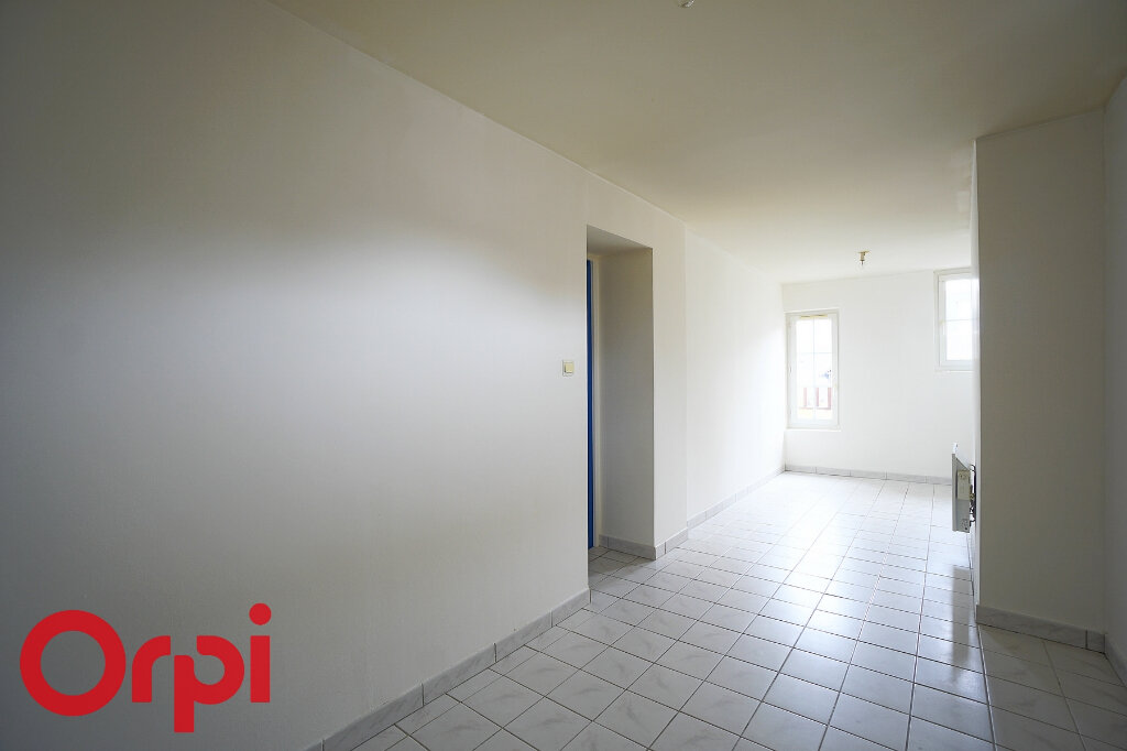 Appartement à louer 3 52m2 à Bernay vignette-11