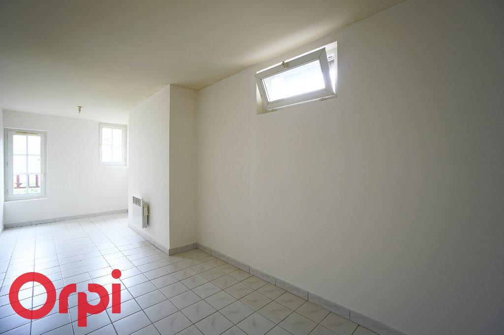Appartement à louer 3 52m2 à Bernay vignette-12