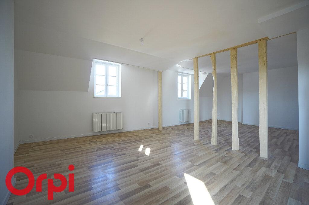 Appartement à louer 4 98.2m2 à Bernay vignette-7