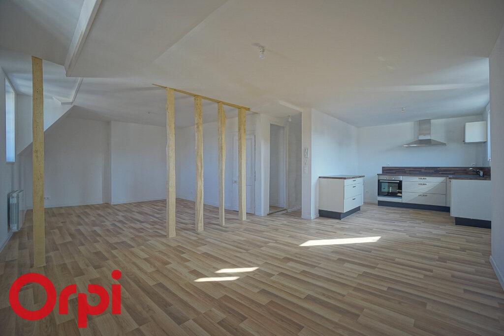 Appartement à louer 4 98.2m2 à Bernay vignette-16