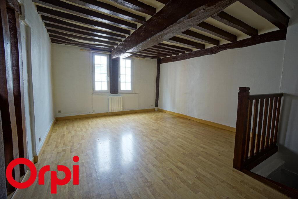 Appartement à louer 3 49.78m2 à Bernay vignette-1